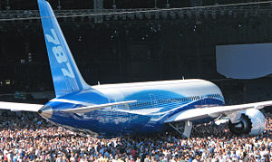787rollout.jpg, 21 kB